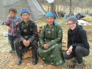 Avec les femmes Tsataans