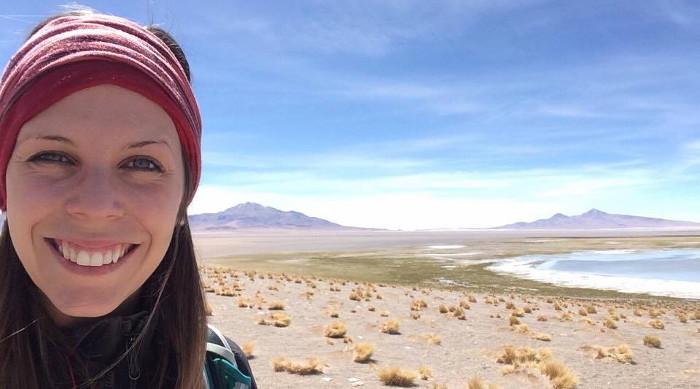 Emmanuelle dans le Salar de tara au Chili.