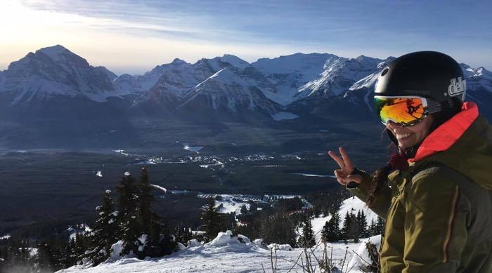Geneviève à Banff dans l'Ouest canadien.