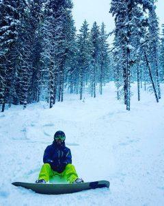 Maxime après une belle averse de neige.